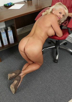 Free Mature Knees Sex Pics