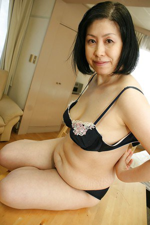 Free Mature Asian Sex Pics
