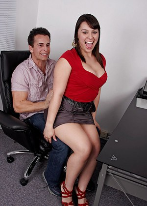 Free Mature Office Sex Pics