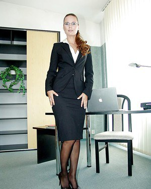 Free Mature Uniform Sex Pics